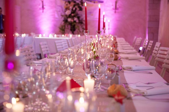 Mariage romantique : Idées de décoration en rose avec des lanternes