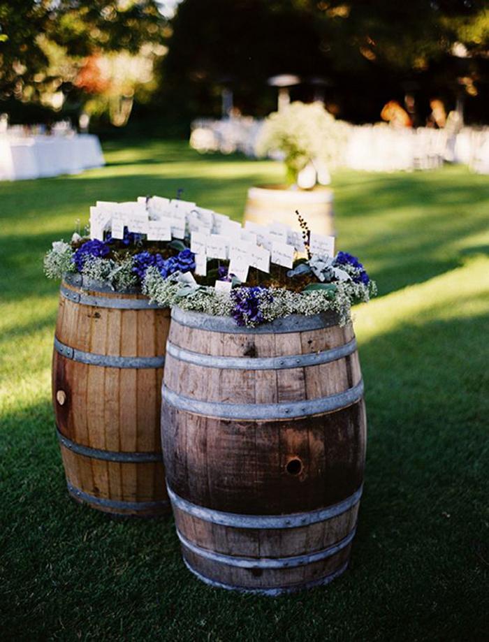 caisses et tonneaux des id es pour un joli mariage. Black Bedroom Furniture Sets. Home Design Ideas